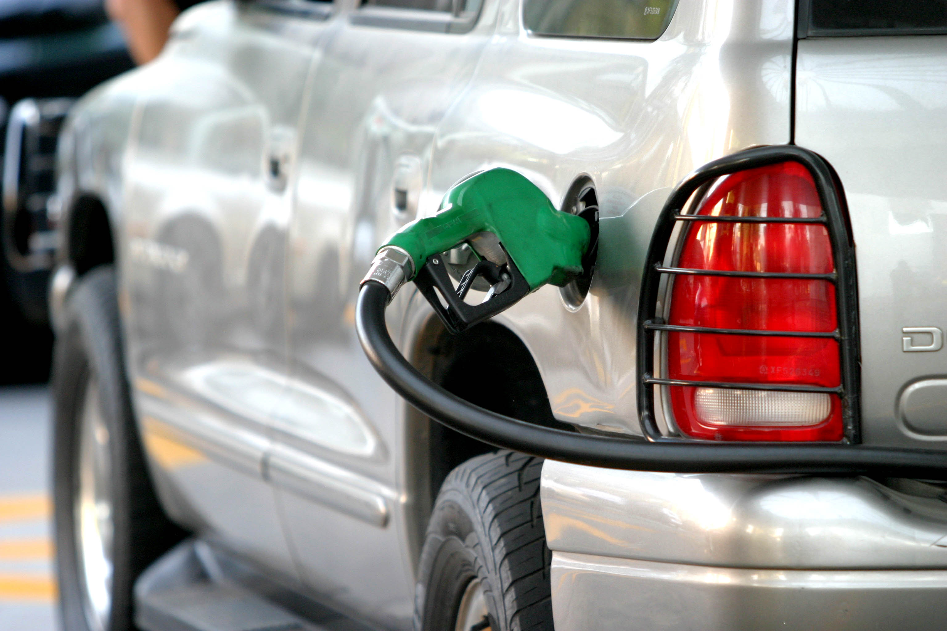 Con que gasolina meter henday santa fe